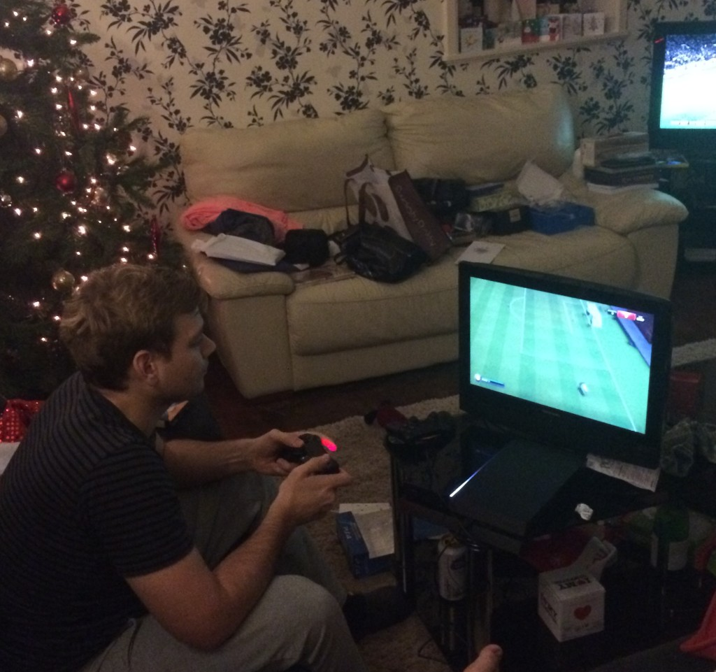 boys playing ps4