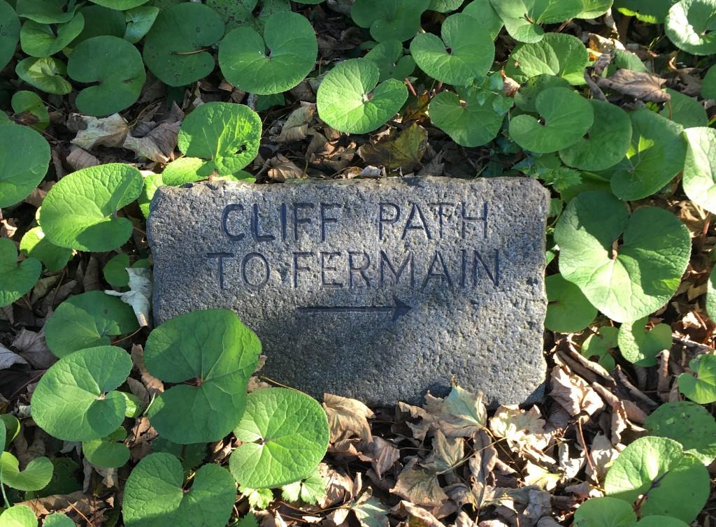 cliff path to fermain