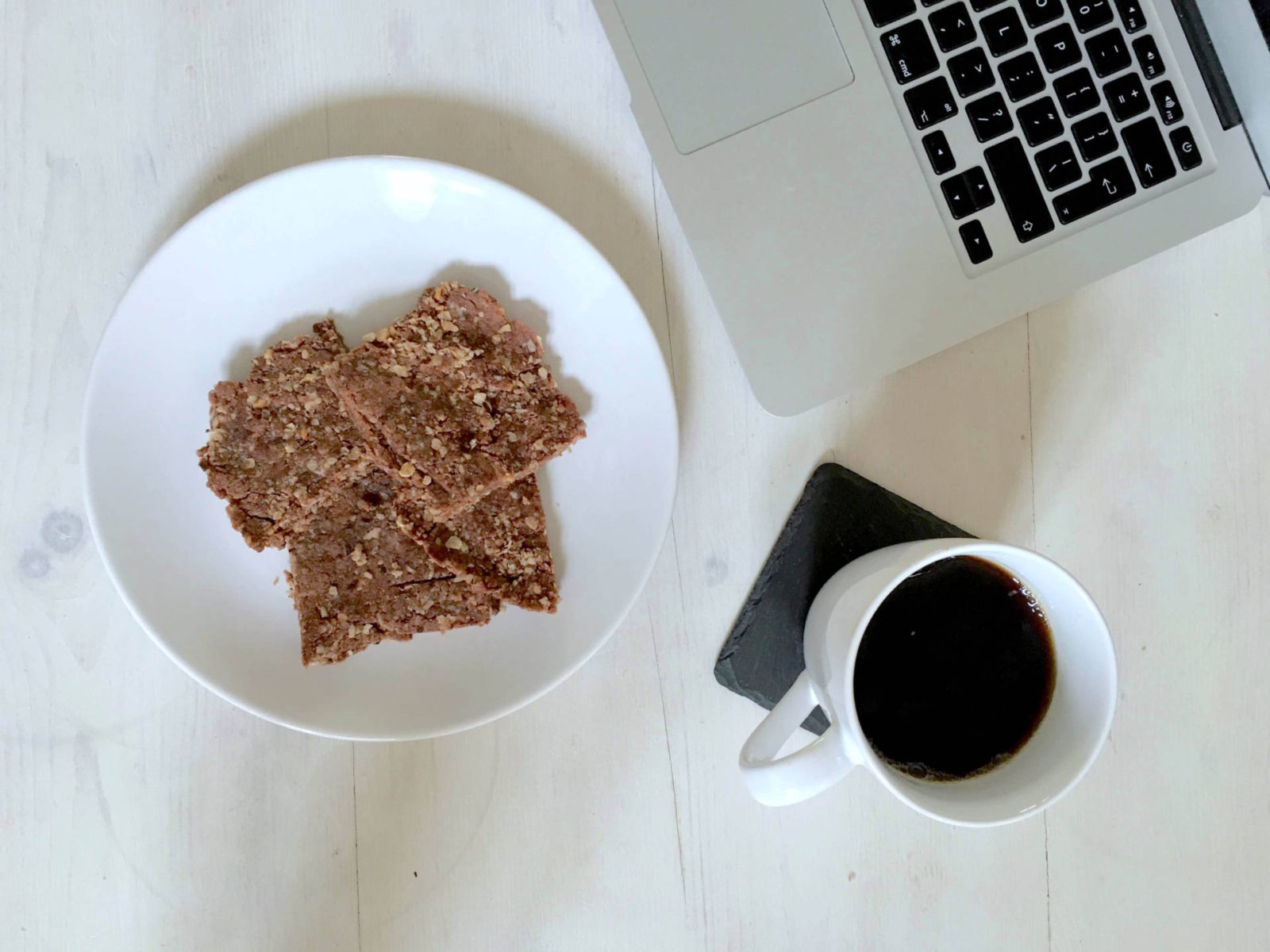 No-Bake Chocolate Protein Breakfast Flapjacks