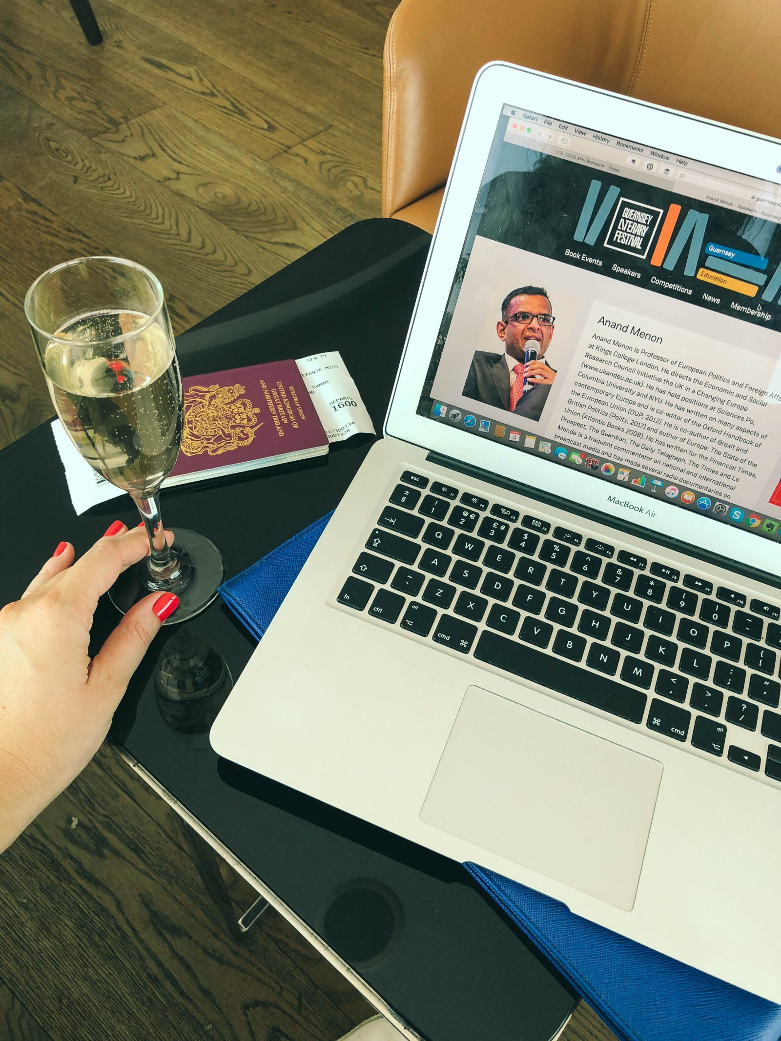 Tips for Working and Travelling - StefanieGrace.com