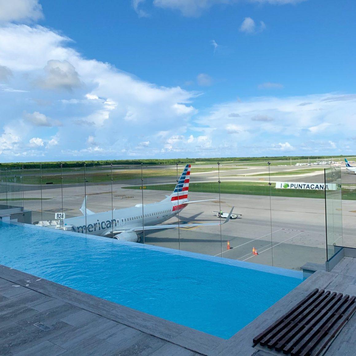 Punta Cana Airport Lounge VIP - StefanieGrace.com